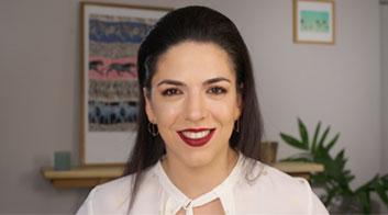 Tutorial de maquillaje de labios mate intenso y mirada en tonos rosa con Andrea Flores