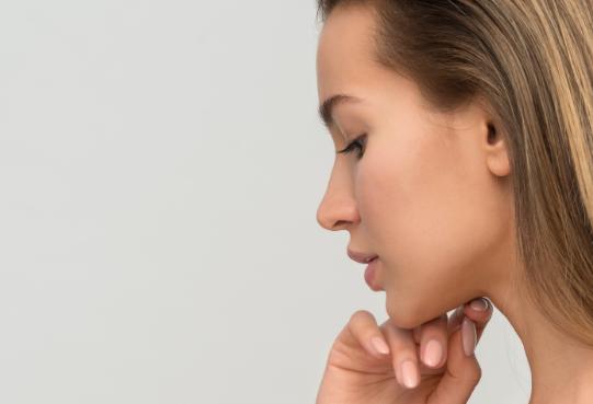 Tu vida social no puede parar, la reparación de tu piel tampoco
