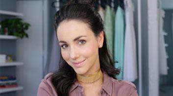 Tutorial de maquillaje de rutina de base completa para look casual con Chantal Torres