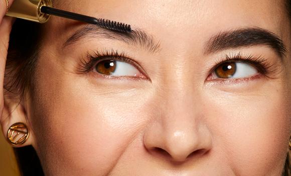 Luce unas cejas perfectas con la máscara: Brow Perfectisse